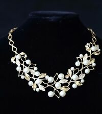 D4 White Pearl Gold Crystal Petal Vine Earring Necklace Boutique