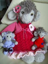 Mindy & Mo Monkey + Babies + 2 x Outfits/accessories   Soft Toy Knitting Pattern