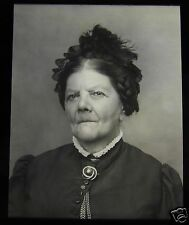 Glass Magic Lantern Slide A STERN 83 YEAR OLD LADY C1890 VICTORIAN PEOPLE PHOTO