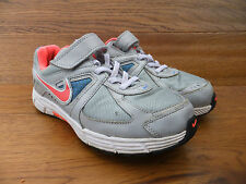 Nike Dart 9  Kids Trainers  Casual  Shoes Size 2 / 34