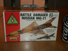 VIETNAM WAR, RUSSIAN MiG-21- BATTLE DAMAGED OR NOT, Plastic Model Kit,Scale 1/72