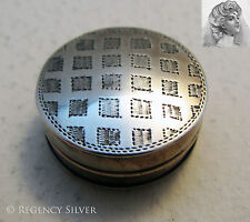 Rare george iii 1810 antique argent massif anglais georgian patch box. tabatiere/pilule