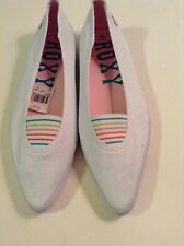 White Roxy Women's Canvas Slip-Ons Retail $39.95 Size 8 Flats Medium B M