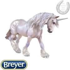 Breyer Traditional – XAVIER MYSTICAL UNICORN – Limited Edition – 1:9 scale