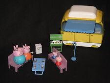THE PEPPA PIG WOHNMOBIL KOMPLETT+FAMILIE FIGUREN. WOHNWAGEN SPIELZEUG SPIELSET