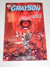 Grayson A Ghost in Tomb Volume 4 DC Comics (Paperback)  9781401267629