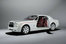 Rolls Royce Phantom Coupe english white 1:18 Kyosho 08861EW
