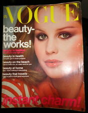 Vtg VOGUE 1976 Janice Dickinson Iman Adolf de Meyer Richard Avedon Demarchelier