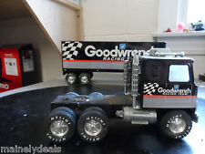 Nylint Goodwrench Racing Team 18 Wheeler toy tractor trailer truck