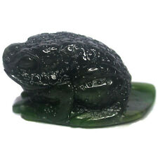 90.ct  LIFE-LIKE Frog on leaf Carved in Natura Nephrite
