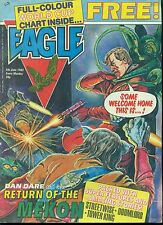 EAGLE British weekly comic book June 5, 1982 VG+ (World Cup chart insert intact)