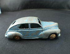 Dinky Toys F n° 24R Peugeot  203 petite lunette