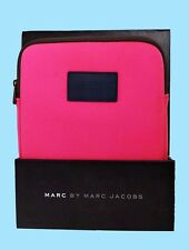 MARC JACOBS Neoprene IPAD Case  Msrp $48.00 *FREE SHIPPING SERVICE*