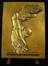 Médaille la Victoire de Samothrace sculpture grecque déesse Niké Victory medal