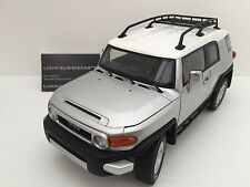 AUTOART 1:18 TOYOTA FJ CRUISER SILVER LIMITED BRAND NEW IN BOX 78601 VERY RARE!