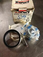 Nissan 720 Pickup Cabstar F22 Urvan E23 200 series front wheel bearing kit