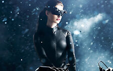 Anne Hathaway Unsigned 8x12 Photo (63) Catwoman