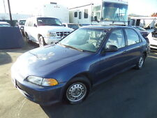 Honda : Civic 4dr Sedan 1.