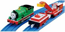Tomy Trackmaster TS-17 Thomas & Friends Motorized Percy With Carry Car Rocky