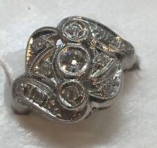 Beautiful ANTIQUE ART DECO Diamond and Platinum Ring