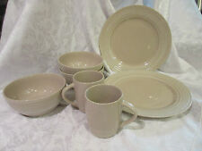 Thomson Pottery China - 2 Dinner plates 3 Bowls & 2 Mugs