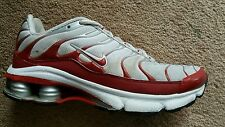 Nike SHOX  White - Red Running Training Cross Shoes Size US 7 Women's