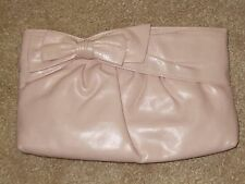 Awesome 1980s baby pink faux leather clutch purse! Pacific Connections