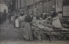 CPA - PARIS - Le Marché des Fromages mous - Les Halles Centrales - vers 1900