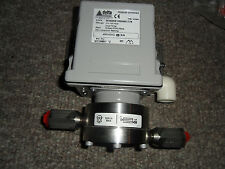 Delta Differential Pressure Switch Model 303 Range 5-12mba New