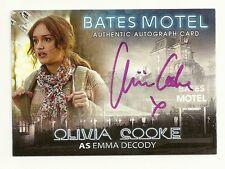 2015 BATES MOTEL Season 1 Autograph Olivia Cooke as Emma Decody