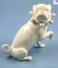 Mops mit Schellen  hund figur gemarkt porzellanmops pug hundefigur mopsfigur,w,r