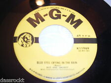 "7"" - Dot & Smokey / Contact & Blue Eyes crying in the Rain - US MGM # 3034"