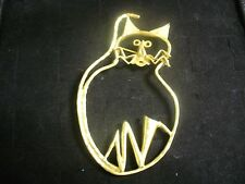 Vintage Textured Goldtone Metal Fat Cat Art Brooch Pin