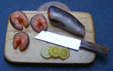 1:12 Filleted Fish On A Wood Board Dolls House Miniature Delicatessen Food Shop