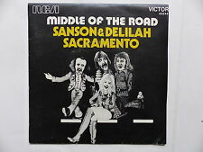 MIDDLE OF THE ROAD Sanson & Delilah 49844