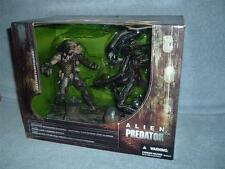 ALIEN & PREDATOR Movie Maniacs Series 5 Deluxe Box Set McFarlane Toys 2002 MISB