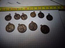 Lot d'Anciennes Médailles Pendentifs Queen Elisabet the Second Half  Penny