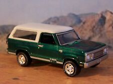1978 78 PLYMOUTH 4x4 TRAIL DUSTER 1/64 SCALE COLLECTIBLE DIECAST DIORAMA MODEL