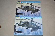 1/32 REVELL 2 AH-64 APACHE ATTACK HELICOPTER  Kits #4575