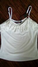 Ladies sun top size m BNWT. By QED. cream
