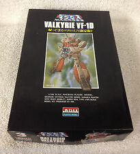 VALKYRIE VF-1D  1/100 scale Macross Plastic Model ARII #A 863-300