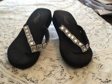 pre owned GRAZIE flip flops black jeweled size 6.5