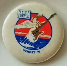 DEEP PURPLE WEMBLEY '76 LARGE VINTAGE METAL PIN BADGE TOUR RETRO TOMMY BOLIN