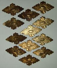 12 Ornamente aus Dresdner Pappe, vergoldet, für Rahmen (b)
