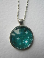 Teal  & White Stars Design Silver Pendant Glass Necklace New in Gift Bag