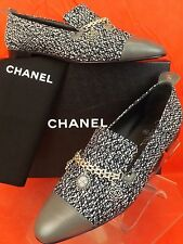 NIB CHANEL BLACK SILVER CHARMS CHAIN GRAY LEATHER CAP TOE MOCASSINS LOAFER 41.5