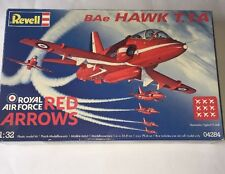 REVELL 04284-BAE HAWK T.1A RED ARROWS Royal Airforce-modello 1/32 - piano
