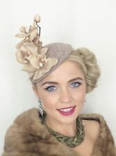 NUDE MINK BEIGE LACE VINTAGE HAT FASCINATOR HEADPIECE WEDDING RACES 1940'S RETRO