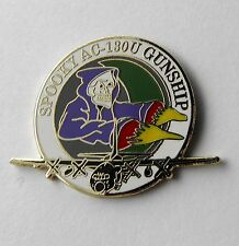 LOCKHEED SPOOKY AC-130U GUNSHIP AIRCRAFT LAPEL PIN BADGE 1 INCH