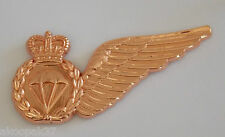 PARACHUTE JUMP MASTERS (PJM) BRONZE PARACHUTE BREVET BADGE WITH TWO PINS